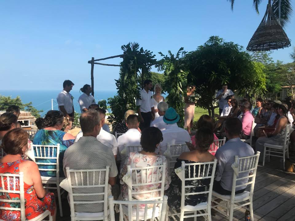 28378977 1440956482700882 7154410222096693045 n - Pip & Mitch tie the knot at Koh Koon