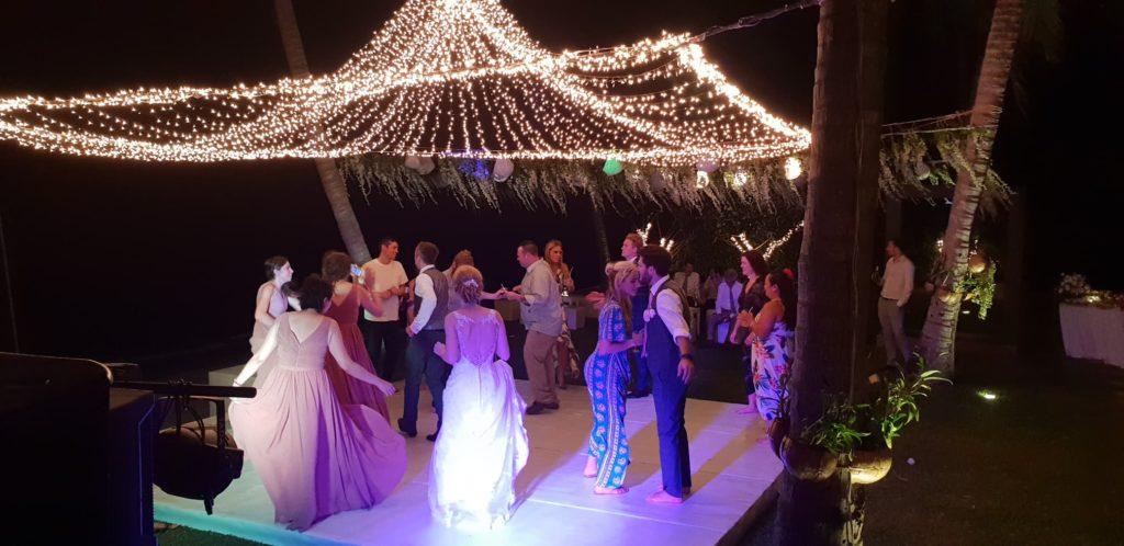 37685775 10155443988836160 8132355128540790784 n 1024x498 - Breathtaking Wedding at Baan Asan Koh Samui Thailand