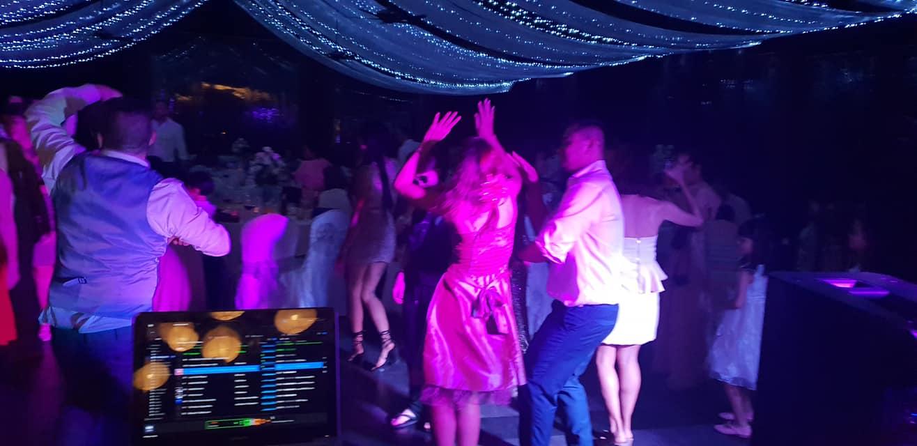 38917953 1633055883490940 7932035242515234816 o - Manora Restaurant at Nora Buri holds huge Thai & Irish Wedding