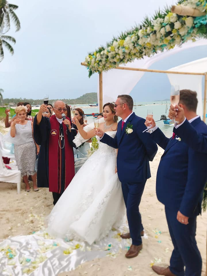 40552161 1667191366744058 426960555706679296 n - Ton Krut Holds well known locals wedding