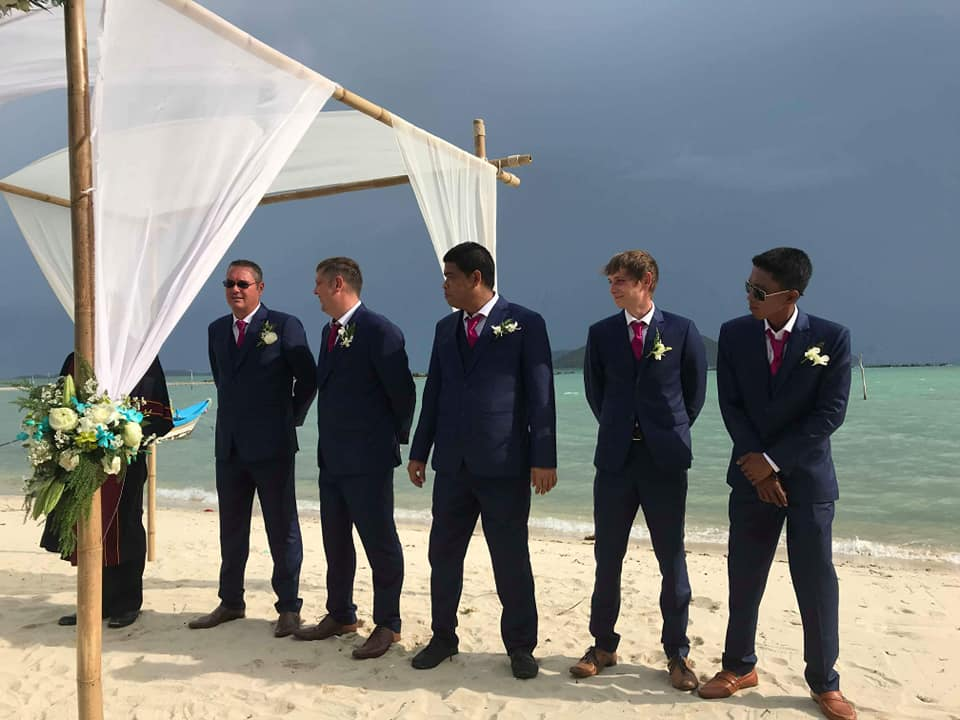 40589395 1667191440077384 4299906611469615104 n - Ton Krut Holds well known locals wedding
